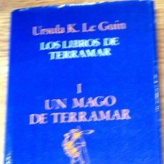 Libros de segunda mano: LOS LIBROS DE TERRAMAR I UN MAGO DE TERRAMAR URSULA K. LE GUIN MINOTAURO AÑO 1984. Lote 40146477