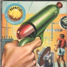 Libros de segunda mano: ESPACIO EL MUNDO FUTURO Nº 70 EXCELENTE ESTADO - CLARK CARRADOS - POLICÍA SIDERAL. Lote 51179697