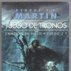 Libros de segunda mano: GEORGE R.R.MARTIN - JUEGO DE TRONOS 1 - CANCION DE HIELO Y FUEGO. Lote 194532775