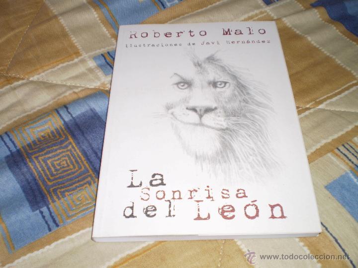 LA SONRISA DEL LEÓN ROBERTO MALO JAVI HERNÁNDEZ DISSIDENT TALES 2015 (Libros de Segunda Mano (posteriores a 1936) - Literatura - Narrativa - Ciencia Ficción y Fantasía)