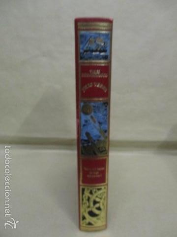 Libros de segunda mano: VIAJES EXTRAORDINARIOS - JULIO VERNE VEINTE MIL LEGUAS DE VIAJE SUBMARINO - EXCELENTE ESTADO - Foto 2 - 55378909
