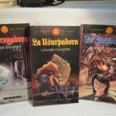 Libros de segunda mano: LA PUERTA DEL CAOS COMPLETA 3 VOLS.TIMUN MAS. LOUISE COOPER. IMPOSTORA, USURPADORA, VENGADORA. . Lote 69975873