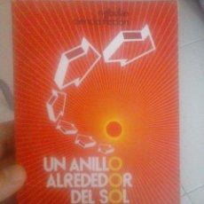 Libros de segunda mano: UN ANILLO ALREDEDOR DEL SOL. CLIFFORD D. SIMAK . Lote 72354249