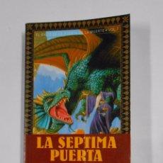 Libros de segunda mano: EL CICLO DE LA PUERTA DE LA MUERTE. VOLUMEN 7. EN EL LABERINTO. MARGARET WEIS, HICKMAN, TRACY TDK325. Lote 102826019