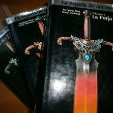 Libros de segunda mano: TRILOGÍA LA ESPADA DE JORAM - LA FORJA, LA PROFECÍA Y EL TRIUNFO - MARGARET WEIS Y TRACY HICKMAN.. Lote 96298271