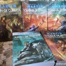 Libros de segunda mano: JUEGO DE TRONOS/CANCION DE HIELO Y FUEGO (I-IV). EXCELENTE ESTADO. GIGAMESH, NO BOLSILLO.. Lote 107320087