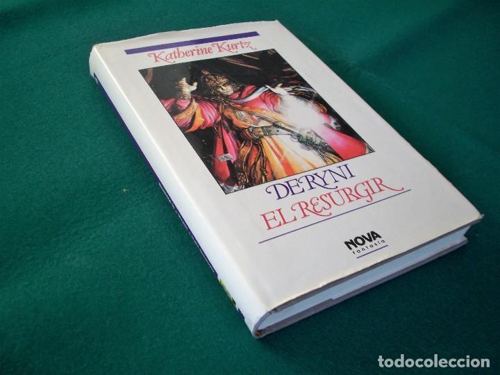 Libros de segunda mano: DERYNI - EL RESURGIR - JAQUE MATE - LA GRANDEZA - KATHERINE KURTZ - NOVA FANTASÍA - EDICIONES B.1991 - Foto 6 - 110733071