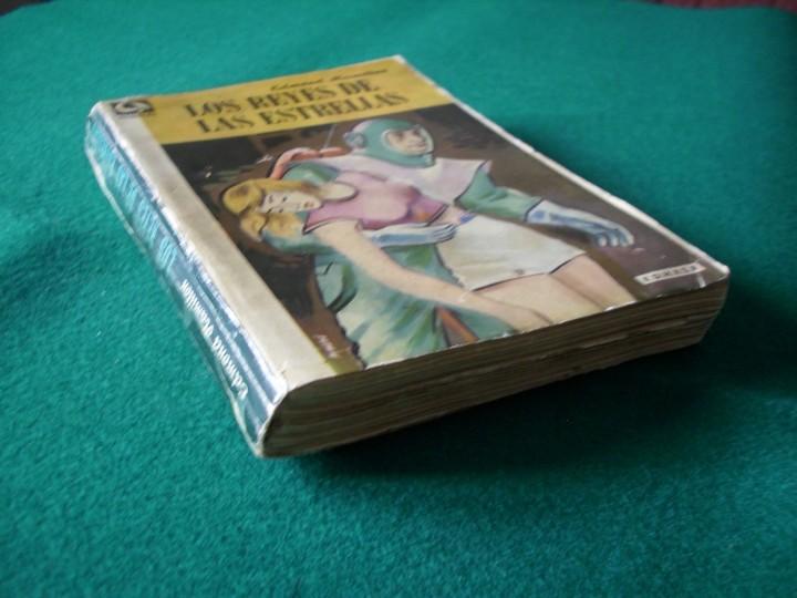 Libros de segunda mano: LOS REYES DE LAS ESTRELLAS - EDMOND HAMILTON - E.D.H.A.S.A. - NEBULAE - AÑO 1955 Nº 14 - Foto 2 - 119582310