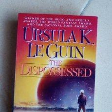 Libros de segunda mano: LOS DESPOSEÍDOS. URSULA K. LE GUIN. EN INGLÉS. Lote 116896643
