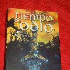 Libros de segunda mano: TIEMPO DE ODIO, DE ANDREJ SAPKOWSKI - ALAMUT 2011. Lote 125829775