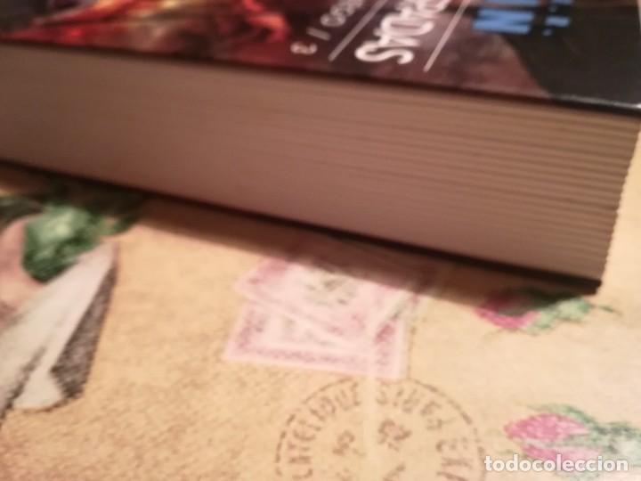 Libros de segunda mano: Tormenta de espadas II. Canción de hielo y fuego 3 - George R.R. Martin - Foto 5 - 126482887