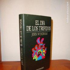 Libros de segunda mano: EL DÍA DE LOS TRÍFIDOS - JOHN WYNDHAM - MINOTAURO. Lote 139915810