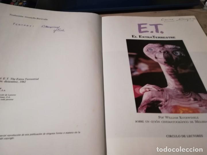 Libros de segunda mano: E.T. El Extraterrestre. El libro de la película. Con fotografías del film de Steven Spielberg - 1983 - Foto 4 - 147083682
