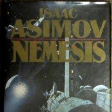 Libros de segunda mano: ISAAC ASIMOV. NÉMESIS. PLAZA Y JANÉS. 1ª EDICIÓN, SETIEMBRE 1990 . CARTONÉ CON SOBRECUBIERTA.. Lote 148434878