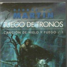 Libros de segunda mano: GEORGE R.R. MARTIN. JUEGO DE TRONOS. CANCION DE HIELO Y FUEGO 1. GIGAMESH. Lote 148485286
