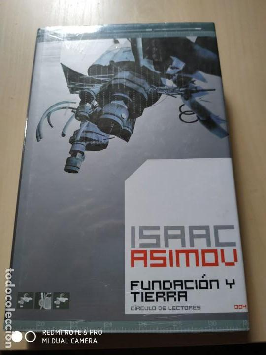 FUNDACION Y TIERRA - ISAAC ASIMOV (Libros de Segunda Mano (posteriores a 1936) - Literatura - Narrativa - Ciencia Ficción y Fantasía)