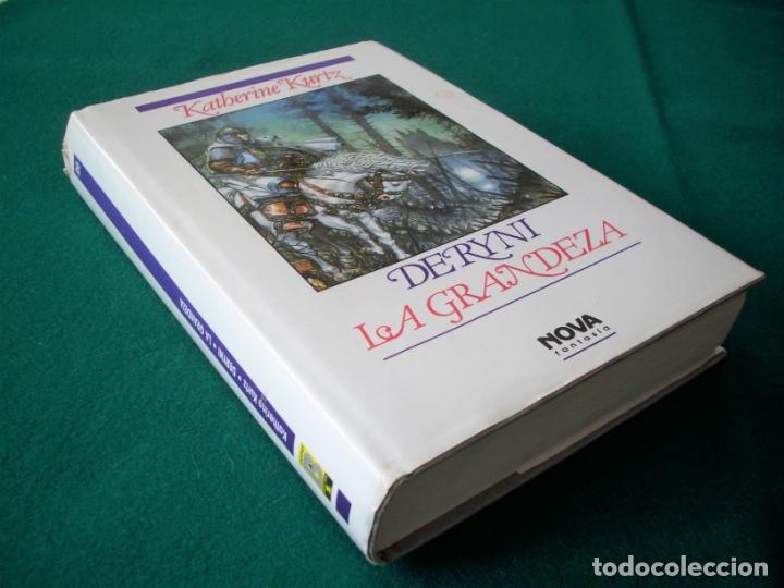 Libros de segunda mano: DERYNI - EL RESURGIR - JAQUE MATE - LA GRANDEZA - KATHERINE KURTZ - NOVA FANTASÍA - EDICIONES B.1991 - Foto 20 - 110733071