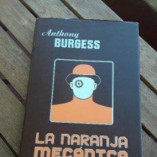 Libros de segunda mano: LA NARANJA MECANICA, DE ANTHONY BURGESS. TAPA DURA. CLÁSICOS MINOTAURO, 2007. EXCELENTE ESTADO.. Lote 168706168