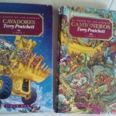 Libros de segunda mano: EL ÉXODO DE LOS GNOMOS I Y II. CAVADORES Y CAMIONEROS. TERRY PRATCHETT. Lote 169077965