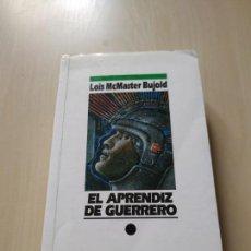 Libros de segunda mano: EL APRENDIZ DE GUERRERO - LOIS MCMASTER BUJOLD. NOVA. Lote 171506747