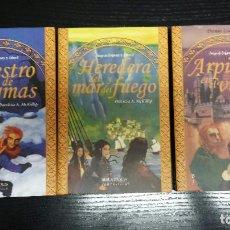 Libros de segunda mano: JUEGO DE ENIGMAS - PATRICIA A MCKILLIP - 3 VOLUMENES - BIBLIOPOLIS - 2004. Lote 172075252