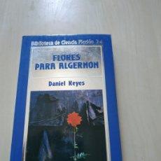 Libros de segunda mano: FLORES PARA ALGERNON - DANIEL KEYES. ORBIS Nº 24. Lote 172457367