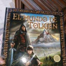 Libros de segunda mano: EL MUNDO DE TOLKIEN - EL SEÑOR DE LOS ANILLOS - LAROUSSE - PRIMERA EDICION 2012 - TAPA DURA . Lote 179521702