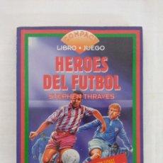 Libros de segunda mano: LIBRO JUEGO/HEROES DEL FUTBOL Nº5/TIMUN MAS.. Lote 181764317