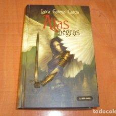 Libros de segunda mano: ALAS NEGRAS , LAURA GALLEGO GARCIA. Lote 181994986