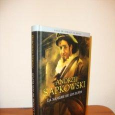 Libros de segunda mano: LA SANGRE DE LOS ELFOS. SAGA DE GERALT DE RIVIA, 3 - ANDRZEJ SAPKOWSKI - ALAMUT, TAPA DURA. Lote 190523923