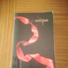 Libros de segunda mano: ECLIPSE STEPHENIE MEYER EDITORIAL ATOM 2008 (EN INGLES). Lote 195366433