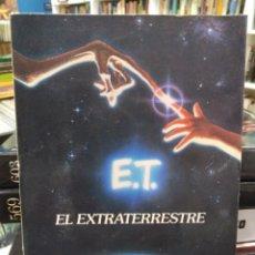 Libros de segunda mano: E. T. EL EXTRATERRESTRE - NOVELA BASADA EN EL GUIÓN - PLAZA Y JANÉS . Lote 195367021