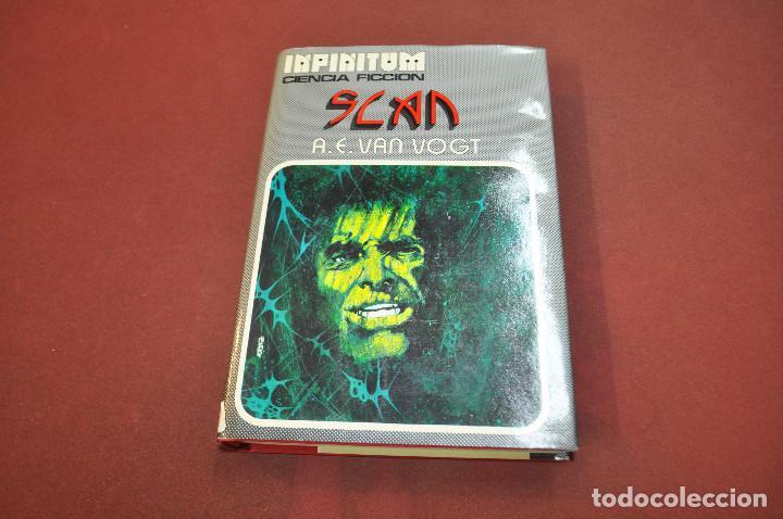 SLAN - VAN VOGT - COLECCIÓN INFINITUM 1976 - CFB (Libros de Segunda Mano (posteriores a 1936) - Literatura - Narrativa - Ciencia Ficción y Fantasía)