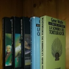 Libros de segunda mano: EL LIBRO DEL SOL NUEVO, GENE WOLF, MINOTAURO, COMPLETA, 5 LIBROS. Lote 196548893