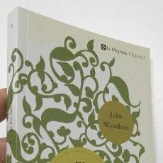Libros de segunda mano: EL DIA DELS TRÍFIDS - JOHN WYNDHAM. Lote 196973660