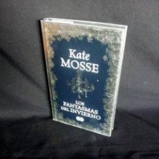 Libros de segunda mano: KATE MOSSE - LOS FANTASMAS DEL INVIERNO - EDICIONES SUMA 2011. Lote 201522390