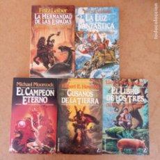 Libros de segunda mano: COLECCIÓN FANTASY NºS - 4,13,14,29,33 - MICHAEL MOORCOCK, ROBERT E. HOWARD GUSANOS DE LA TIERRA - FR. Lote 204790302