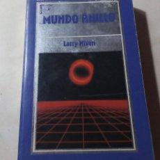 Libros de segunda mano: LARRY NIVEN MUNDO ANILLO BIBLIOTECA DE CIENCIA FICCION Nº 5 1985. Lote 205364698