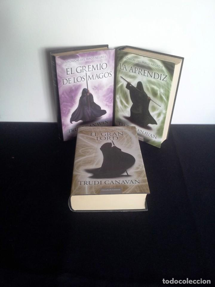 TRUDI CANAVAN - CRONICAS DEL MAGO NEGRO ( 3 LIBROS) - CIRCULO DE LECTORES 2011 (Libros de Segunda Mano (posteriores a 1936) - Literatura - Narrativa - Ciencia Ficción y Fantasía)