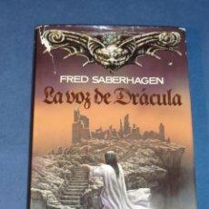 Libros de segunda mano: LA VOZ DE DRÁCULA - FRED SABERHAGEN - TIMUN MAS. Lote 221535290
