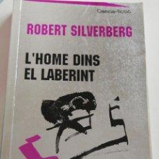 Libros de segunda mano: L'HOME DINS EL LABERINT. Lote 221786168