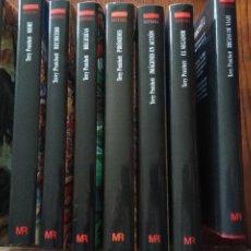 Libros de segunda mano: 8 TÍTULOS SERIE MUNDO DISCO-TERRY PRATCHETT.. Lote 234888830