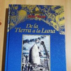 Libros de segunda mano: DE LA TIERRA A LA LUNA (JULIO VERNE). Lote 234992260