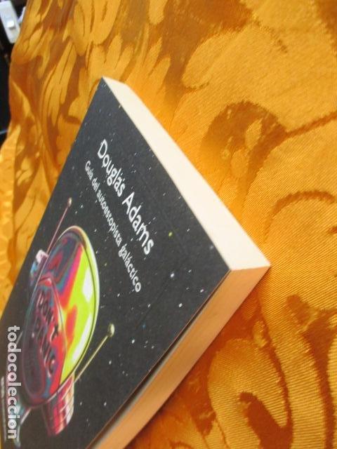 Libros de segunda mano: Guía del autoestopista galáctico. - Adams, Douglas. COMO NUEVO. - Foto 3 - 236807290