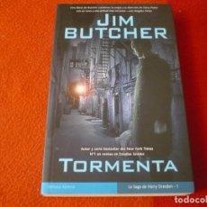 Libros de segunda mano: TORMENTA HARRY DRESDEN 1 ( JIM BUTCHER ) 1ª EDICION ¡BUEN ESTADO! LA FACTORIA DE IDEAS 2006. Lote 240974110