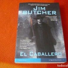 Libros de segunda mano: EL CABALLERO HARRY DRESDEN 4 ( JIM BUTCHER ) 1ª EDICION ¡BUEN ESTADO! LA FACTORIA DE IDEAS 2009. Lote 240974450
