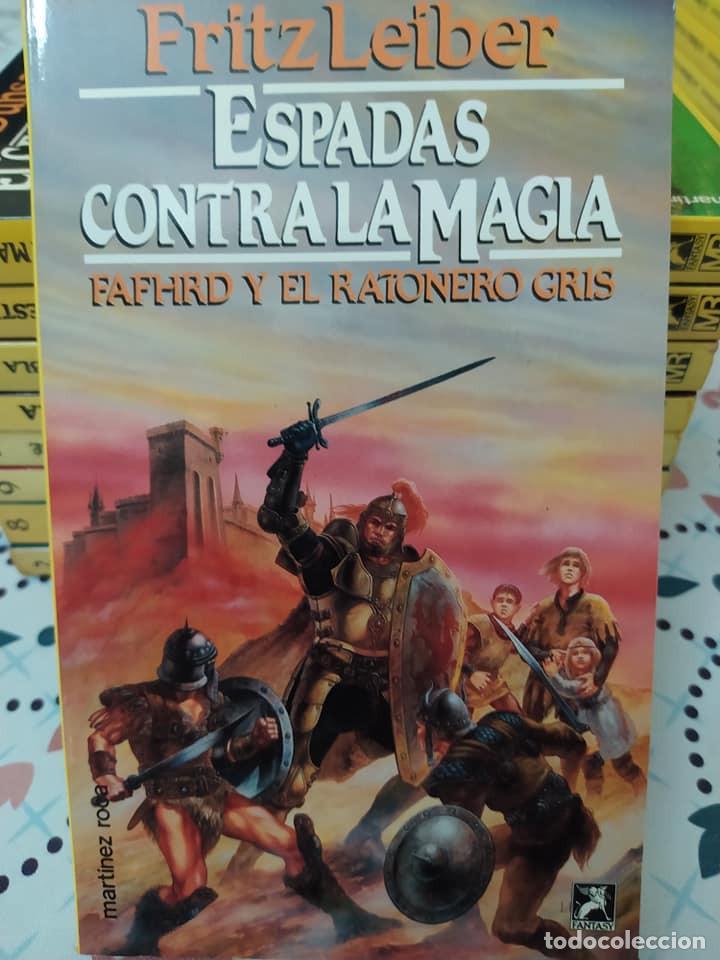 Libros de segunda mano: Lote de 11 novelas de aventuras y fantasia de la colección Martinez Roca - Foto 2 - 242208955