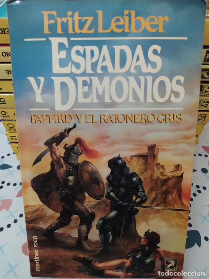 Libros de segunda mano: Lote de 11 novelas de aventuras y fantasia de la colección Martinez Roca - Foto 3 - 242208955