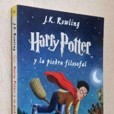 Libros de segunda mano: HARRY POTTER Y LA PIEDRA FILOSOFAL - ROWLING, J.K.. Lote 245418675