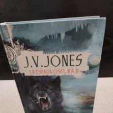 Libros de segunda mano: LITERATURA.... J. V. JONES......LA CAVERNA DE HIELO NEGRO......2003.... Lote 246143380